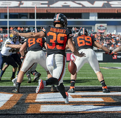 View from the bottom of the Pac-12 Conference standings (acase1968) Tags: oregon state football beavers daniel rodriguez punt nikon d500 nikkor 70200mm f28g punter corvallis beavs pac12 ncaa kick end zone