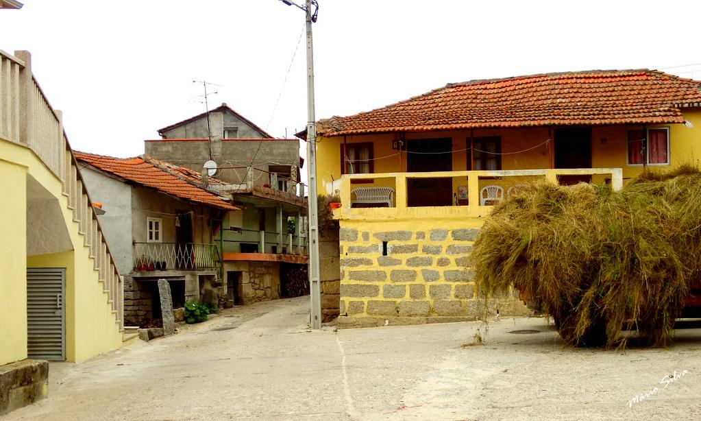 """Águas Frias (Chaves) - ... o largo do """"Concelho"""" ..."""