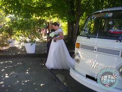 La sposa... verso l'altare (partyinfurgone) Tags: addiocelibato addionubilato affitto epoca furgone hippie limousine matrimonio milano noleggio nozze photobooth pulmino sposi storico t2 vintage volkswagen vw wedding