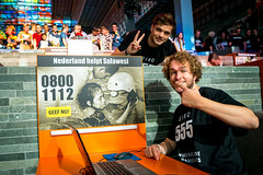 Martin Garrix en Mark van der Molen (3FM) Tags: giro 555 sulawesi rode kruis guido twilhaar beeld en geluid 3fm npo martin garrix mark van der molen