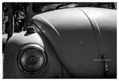 VW Fusca (Claudio Arriens) Tags: vw fusca bw pb canoneos40d brasil carro car detalhe vintage classic canonef40mmf28stm