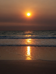10003458.jpg (KevinAirs) Tags: surf waves sand kevinairs ocean sunset travel westernaustralia ©kevinairswwwkaozcomau reflections sky landscape landscapes beach australia sea