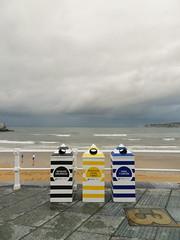 uno, dos, tres. (marco_albcs) Tags: gijón xixón asturias spain espana trash bins colourful street rainy beach playa lixo 3