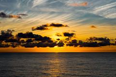 Amanece en el Mar del Norte (jlnavarro76) Tags: norge noruega norway nikon sigma175028 50mm mscmeraviglia msc amanercer stavanger verano vacaciones sun sea clouds nubes sol mardelnorte