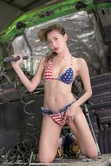 DSC_8874 (Robin Huang 35) Tags: 黃艾比 abbie 修車廠 泳裝 比基尼 bikini 拖車 trailer 車 car 人像 portrait lady girl nikon d850