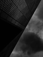 Split the Sky (lesliegill) Tags: 2018 architecture blackandwhite fall iphonexs japan minimalism october shotoniphone tiffendfx warm