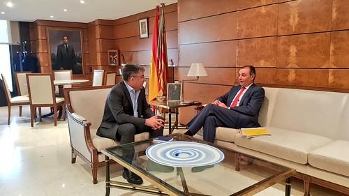 Reunión con el Delegado del Gobierno en la Comunidad