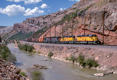 UP 3568 East at Devils Slide, UT (thechief500) Tags: overlandroute railroads up unionpacific weber