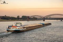 Köln (derhabicht.de) Tags: koeln fuji fujifilm xt20 schiff rhein derhabicht