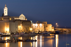 Porto bello / Trani (Guy-Michel Breguet) Tags: trani italy adriatica port porto harbor night