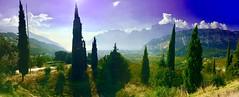 Auf dem Rückweg zu Hotel, nochmal schnell anhalten und den traumhaften Blick über Torbole genießen (Monika Bauer) Tags: verona italien italy city stadt romeo julia