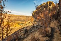 Umatilla Rock (KPortin) Tags: umatillarock hiking sunlakesdryfallsstatepark trail iceagefloods basalt cliffs coulee