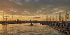 Puerto de Valencia (Valencia)22__0 (arqlopezsanchez) Tags: puerto de valencia atardecer crepúsculo españa barcos puesta sol