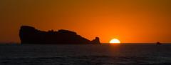 Le couchant en Presqu'île de Crozon (nolyaphotographies) Tags: crozon camaret finistere bretagne france nikon sunrise sun falaise clift mer sea plage soleil d7000 iroise soir night rocher lion