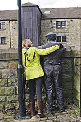 "The ""Barger"" (Ellsasha) Tags: wigan wiganpier lancashire england barger cut waterway person people bronze statue leedsandliverpoolcanal"