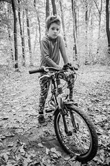 20181007-PK182351-Edit.jpg (axl_kollar) Tags: canon eos 1d mark iv 1d4 ef 20mm f28 128 wide open bw black white bike boy forrest