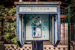 Calling back (Melissa Maples) Tags: kemer turkey türkiye asia 土耳其 apple iphone iphonex cameraphone autumn retro vintage payphone telephone phone türkçe text rust telefon