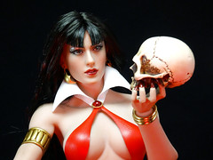 Vampirella (Patman1313) Tags: phicen tbleague 16 16scale sixthscale 6thscale actionfigure seamlessbody seamless stainlesssteelphicen stainlesssteelframe vampirella