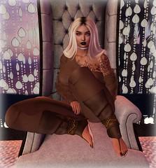 Milena (Yazmin Destiny Novell) Tags: yazmindestiny yazmin novell scandalize sandals trompe loeil chair hideout tableauvivant letre catwa belleza deetalez blonde groupgifts fashion