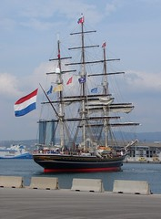 Arrival of the Stad Amsterdam (Maxofmars) Tags: marseille marsella marsiglia france francia europe europa port puerto harbour ville city ciudad citta clipper boat voilier