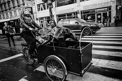 Images on the run... (Sean Bodin images) Tags: 2018 københavn oktober vind kultorvet copenhagen citylife candid city citypeople streetphotography streetlife seanbodin streetportrait