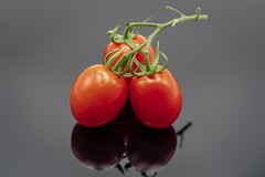 Enjoy (frank.gronau) Tags: tomato red color farbe gemüse rot tomaten alpha sony gronau frank