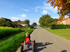 's Heerenhoek (Omroep Zeeland) Tags: mooi weer om met de skelter te rijden