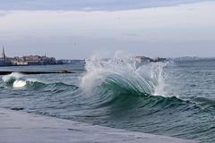 IMG_0083  marée haute à Saint-Malo (gerardstmalo) Tags: wawes vagues tide marée saintmalo