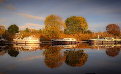 River Ouse. (Darren Speak) Tags: boats reflections york ouse river