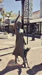 Sheila Williams - A Wave in Time (Petera3015) Tags: statue sheilawilliams artdeco earthquake hawke'sbay napier newzealand