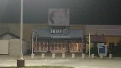 Cincinnati Mills 2018 - 36 (Doomie Grunt) Tags: dead mall shopping cincinnati mills superdead depressing empty vacant night