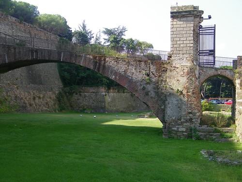7] Savona (SV), Priamar ponte d'accesso
