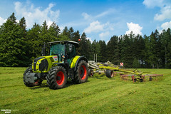 Swathing Grass   CLAAS (martin_king.photo) Tags: springwork springwork2018 silage silage2018 claas claasarion claasliner swather inaction action first today outdoor claasworldwide machine sky martin king photo agriculture machinery machines tschechische republik powerfull power dynastyphotography lukaskralphotocz agricultural great day czechrepublic fans work place tschechischerepublik martinkingphoto welovefarming working modern landwirtschaft colorful colors blue photogoraphy photographer canon tractor love farming daily onwheels farm skyline allclaaseverything claasfans worker field green red clouds blusesky new cloudy grass rake hayrake