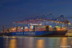 COSCO Shipping Aries - 23011802 (Klaus Kehrls) Tags: hamburg hamburgerhafen schiffe containerschiffe kräne containerhafen spiegelung nachtaufnahme nacht