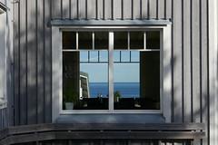 Lotsstugan - The Pilots' Cottage (keibr) Tags: autumn fall harnosea keibr lotsstugan sea walk blipfoto 181016kb