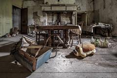 Dinning room (Oto Burger) Tags: abandoned decay villa forgotten dinningroom urbex urban exploration urbanexploration