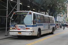 IMG_1790 (GojiMet86) Tags: mta nyc new york city bus buses 1998 t80206 rts 4922 b25 fulton street dekalb avenue