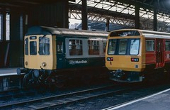 The Pace of change in 1985 at Manchester Victoria. (Marra Man) Tags: manchestervictoria manchestervictoriastation class110 class142 caldervalleyunit pacer 142006 britishrail