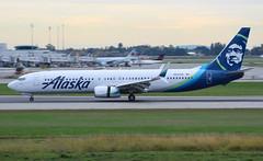 N237AK Alaska Airlines Boeing 737-990@YVR 29Sep18 (Spotter Brandon) Tags: alaska alaskaair alaskaairlines n237ak boeing 737 737900 737990 yvr cyvr vancouver landing