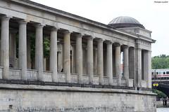 Berlin : galerie de l'île aux Musées (philippeguillot21) Tags: galerie colonne berlin museuminsel deutschland germany allemange europe prusse preussen pixelistes canon