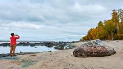 _DSC2352 (onesun1moon) Tags: autumn landscape rock trees beach shawn