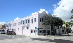 Bookstore 9740 (Tangled Bank) Tags: downtown lake worth florida urban city old classic heritage vintage street photography commercial building structure architecture book store bookstore