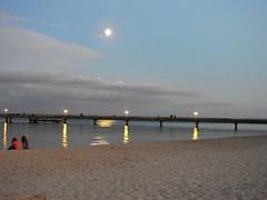 Dämmerung über der Ostsee (Sophia-Fatima) Tags: ostsee balticsea scharbeutz ostholstein schleswigholstein deutschland beach strand meer sea mer