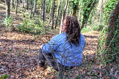 Wood (Concetta Scaramuzzi) Tags: curvymodel curvy model girl beautifulgirl beautiful wood bosco italia italy leaf leaves