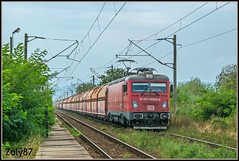 91-53-0-480-022-9 (Zoly060-DA) Tags: romania unirea country city softronic works produced electric locomotive transmontana number 022 480 9 class 6000 kw co freight private company db schenker wagons rail rails lines grass trees platform red grey green blue white led craiova