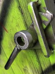 Unlocked (Photosaez.com) Tags: green verde puerta cerradura lock door iphone cantabria laredo