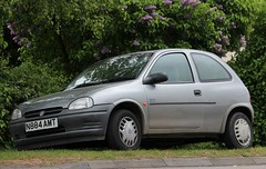 N884 AMT (Nivek.Old.Gold) Tags: 1995 vauxhall corsa 12 arizona 3door png walthamcross