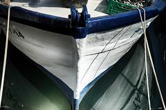 Descanso merecido (candi...) Tags: barca pesca puerto navegar agua proa sonya77 cuerdas