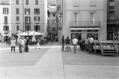 Piazza Volta n. 0561 (sirio174 (anche su Lomography)) Tags: centovolte piazza piazzavolta waynewang smoke film movie como italia italy