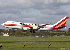 Kalitta Air 747-400F N402KZ (birrlad) Tags: shannon snn international airport ireland aircraft aviation airplane airplanes airline airliner airlines airways arrival arriving approach finals landing runway kalitta air cargo freighter freight transport ops turkish boeing b747 b744 747 747400f 747481f n402kz